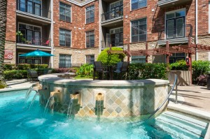 One Bedroom Apartments for Rent in Houston, TX - Pool with Fountains & Grilling Area